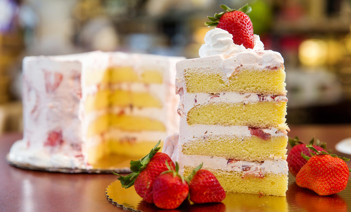 Strawberry Ambrosia Cake Rouses