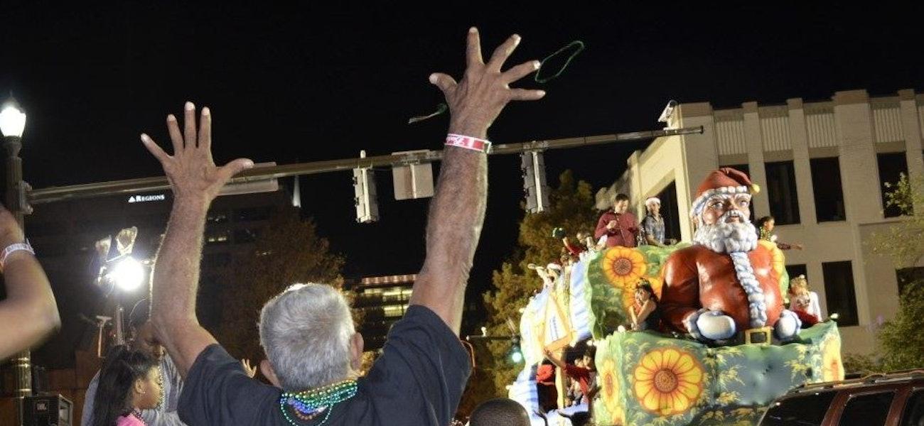 Denham Springs Christmas Parade 2021 Get In The Holiday Spirit At Three Local Christmas Parades Dec 9