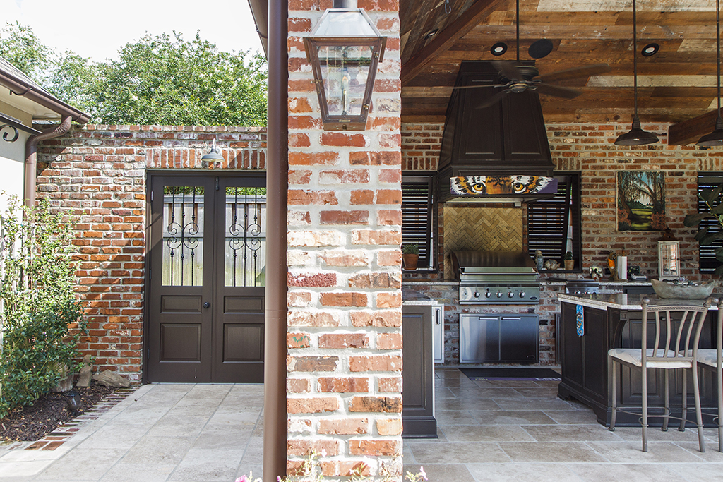 Outdoor kitchen: The eye of the Tiger - Baton Rouge Business Report