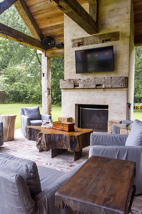 Outdoor kitchen: Rustic and reclaimed - Baton Rouge Business Report