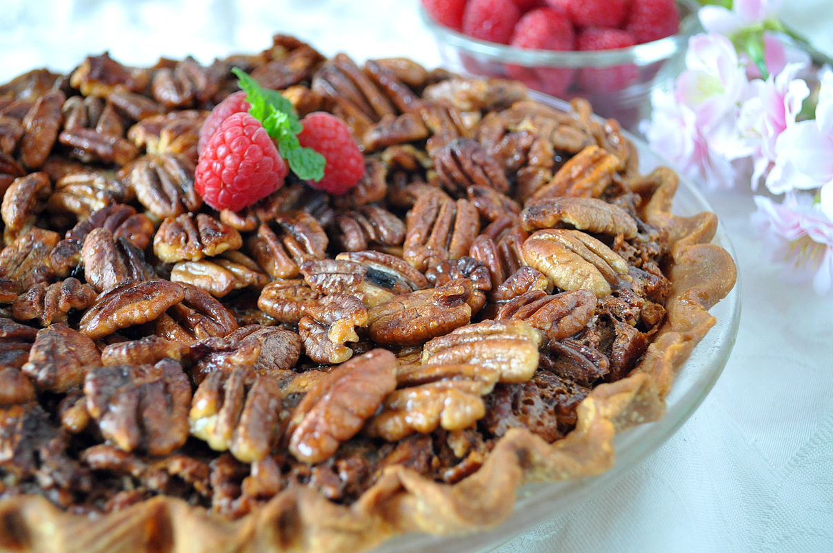 From the November issue: Holly Clegg's pecan pie picks