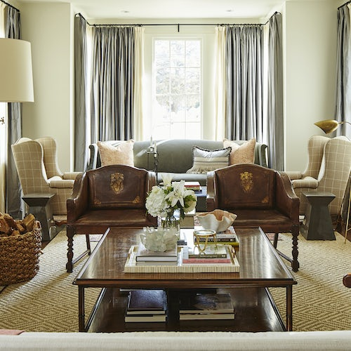 Southern Charm Living Room: Southern Charm: All Eyes Are On Interior Designer Ashley
