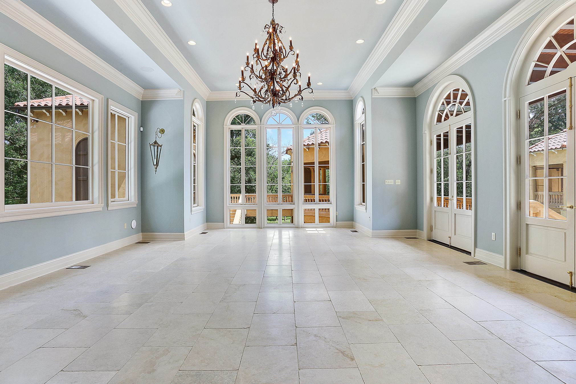 Great estates: Luxury homes at the top of the local market ...
