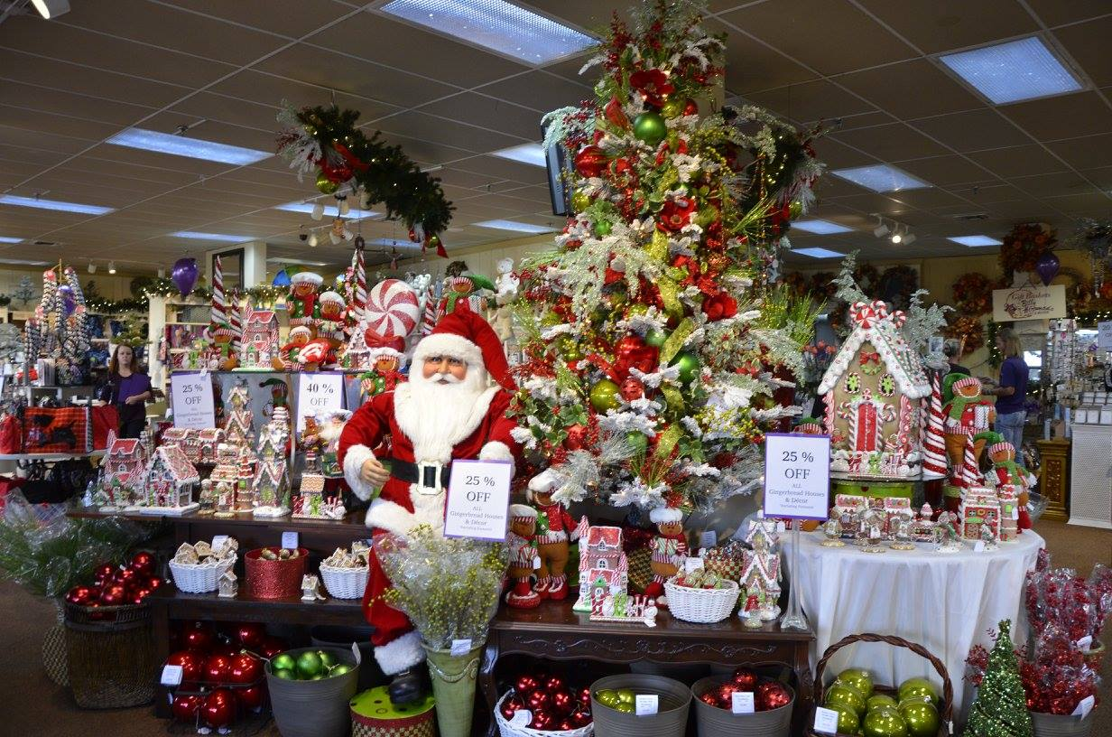 Sales Roundup Deck The Halls At Billy Heroman S Hunt For